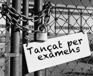 Tancat per examens